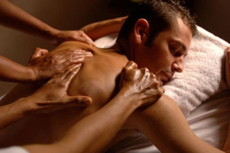 4HANDS MASSAGE